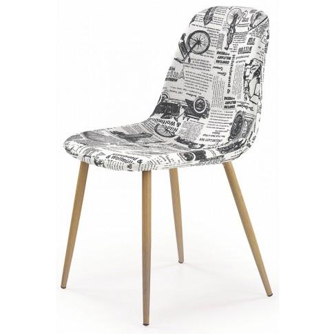 krzesla tapicerowane wielobarwne