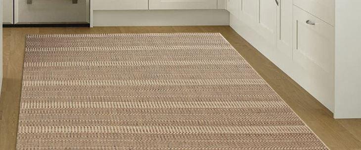 Odpowiedni beżowy dywan do pokoju dziecka?